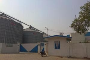 As per prevailing charges, the annual storage cost for 50,000-tonne wheat will be ₹42 lakh with a steel silo project of this capacity costing ₹30 crore to build.