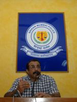 Himanshu Roy addressing a press conference in 2012.