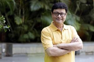 Actor Sachin Pilgaonkar feels the Marathi film industry should concentrate on making successful films