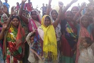 Women staging protest against sale of liquor in Bastaura village of Ballia.With the launch of anti-liquor campaign, Ballia has set the trend in the region.