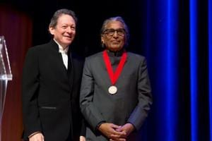 Prof Balkrishna Doshi at the Pritzker Prize ceremony in Toronto,  along with Tom Pritzker, chair of the Hyatt Foundation, which sponsors the award.