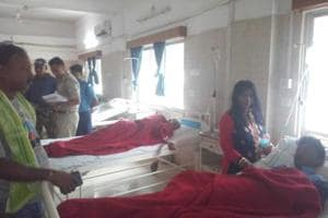 The affected passengers complained of abdominal pain and vomiting.