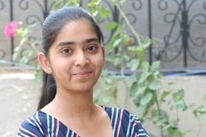 Komal loves chemistry as much as art. She has an ear for Bollywood music and likes reading inspirational quotes in her free time.