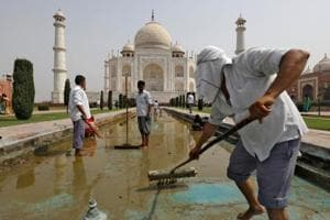 From cleaning of Taj Mahal to IPL cricket T20 : India this week in pict...