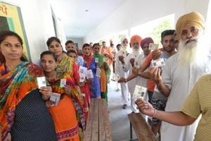 Shahkot bypoll: Voting underway amid VVPAT glitches