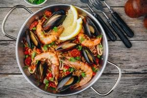 Here's how to get pregnant fast and easy. Try seafood diet to increase your libido.