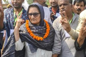 Rashtriya Lok Dal (RLD) candidate Tabassum Hasan with her supporters after winning the Kairana Lok Sabha by-elections, in Kairana on May 31, 2018. Hasan was also supported by the Congress, Samajwadi Party and Bahujan Samaj Party.
