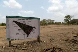 The plot at Vashi which once had 300 trees lie barren.