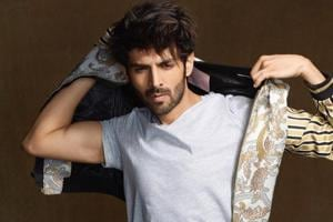 Actor Kartik Aaryan recalls that while shooting for Pyaar Ka Punchnama 2, he was giving his B.Tech exams and students would click pics with him while writing the exam.