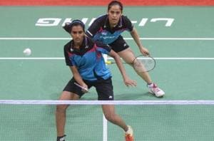 PV Sindhu (L) and Saina Nehwal  don't train together under Pullela Gopichand, a report has claimed.