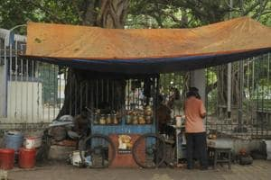 Post carcass meat scare, Kolkata corporation to certify street food vendors