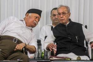 Former president Pranab Mukherjee with Rashtriya Swayamsevak Sangh (RSS) chief Mohan Bhagwat at the closing ceremony of 'Tritiya Varsha Sangh Shiksha Varg', in Nagpur on Thursday.