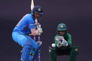 Smriti Mandhana's aggressive knock and Ekta Bisht's magnificent 3/14 helped India enter the Asia Cup final with a wonderful win over Pakistan.