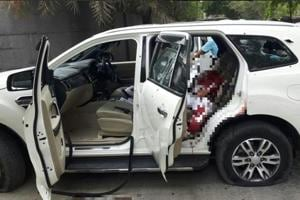The Ford Endeavour vehicle Rajesh Bharti was travelling in when the encounter with Delhi Police broke out. Police recovered illegal semi-automatic pistols from the car.