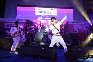 Band Euphoria got the crowd grooving to their hit numbers and gave a power-packed performance at the third-week of Hindustan Times Friday Jam.