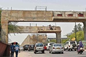 In nearly 41 months, only 42% of work on the RTR flyover has been completed.