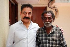 Actor Kamal Haasan with his fan Jayaraj.