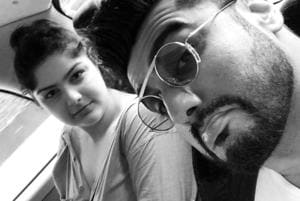 Anshula and Arjun Kapoor clicked a selfie during their London vacation.