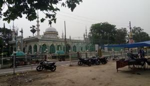 The looks of the shrine, a prominent centre of devotion for lakhs of Muslims and Hindus, along with Premchand's residence, have changed with time.