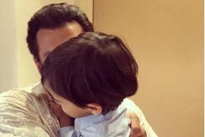 Salman Khan holds Ahil in a cute, warm hug.