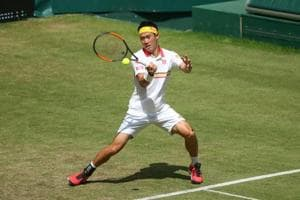 Kei Nishikori suffered a second straight loss to Karen Khachanov in the Halle Open as he crashed out in straight sets.