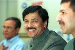 Pramod Mahajan at the inauguration ceremony of the Global Telecom Summit 2001 in New Delhi.