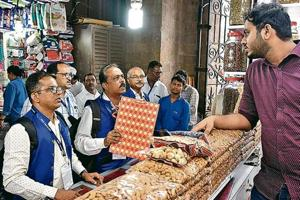 The Brihanmumbai Municipal Corporation (BMC) will serve prosecution notices to the 11 shops after they refused to pay fine.