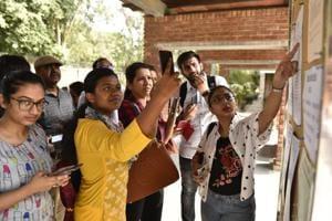 Delhi university aspirants check cut-off list for the new academic session 2018-19.