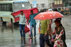 The Met department has said that monsoon may reach central and North India this week, offering relief from rising temperatures in the regions.