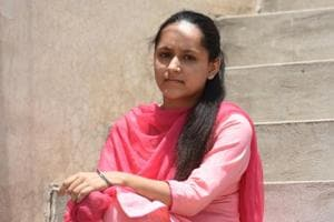 Ravneet Kaur says corrupt politicians and administrative officials have weakened India's power to progress.