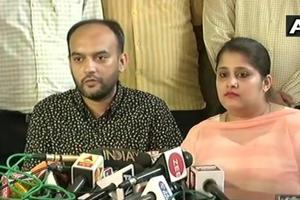 Anas Siddique and Tanvi Seth address the press at the regional transport office in Lucknow.
