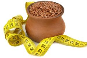 Weight loss superfood: Include 2-4 tablespoons of flaxseeds in your diet every day to reach your fitness goals faster.