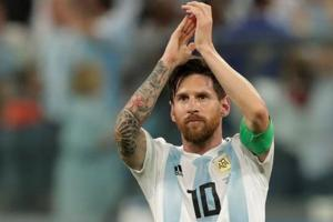 Lionel Messi's Argentina beat Nigeria 2-1 to qualify for the pre-quarterfinals of FIFA World Cup 2018.
