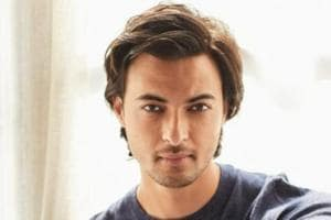 Aayush Sharma is all set to make his acting debut in Loveratri opposite Warina Hussain.