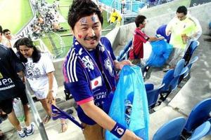 The post-match clean-up video has gone viral on social media, drawing worldwide praise for the Japanese fans. It also has inspired fans of other countries to follow suit.
