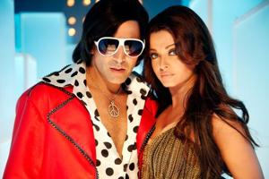 Akshay Kumar and Aishwarya Rai Bachchan played lead roles in Action replay.