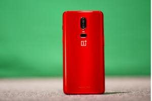OnePlus 6 Red Edition is priced at Rs 39,999.