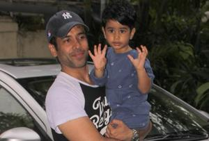 Tusshar Kapoor spotted with his son Laksshya.
