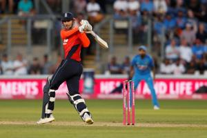 Alex Hales blasted his eighth fifty as England secured a five-wicket win over India in Cardiff to level the three-match series 1-1.