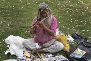 Photos: Guitar Rao and his rupee a day roving music lessons in Delhi