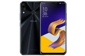 Asus Zenfone 5Z features a 6.2-inch full HD+ display.