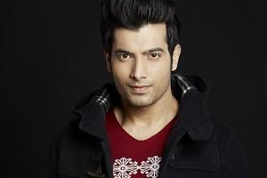Actor Ssharad Malhotraa and Pooja Bisht were in a relationship for over two years before they recently broke up.