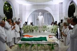 Dada JPVaswani laid to rest with state honours