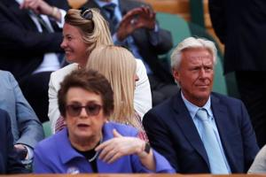 Bjorn Borg, Billie Jean King watch supermon Serena enter Wimbledon final