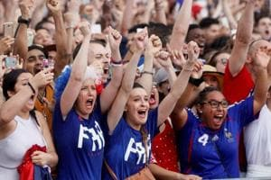 World Cup final: French fans celebrate a Croatian conquest