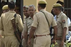 40-year-old barber has hole in his cheek, fought with his wife and killed her in Noida village: Police.