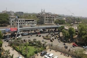 Bhiwandi is 20 km to the north-east of Mumbai and 15 km to the north-east of Thane.