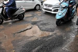 Recently, a 29-year-old youth lost his life in an accident due to a pothole on Karve road.
