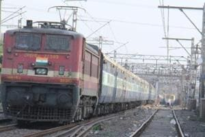 RRB CBT for group C posts: Candidates will have to answer 75 multiple choice questions within 60 minutes - 80 minutes will be given to eligible persons with disability candidates accompanied with a writer.