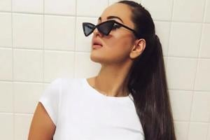 Sonakshi Sinha achieved her super toned figure with pilates.